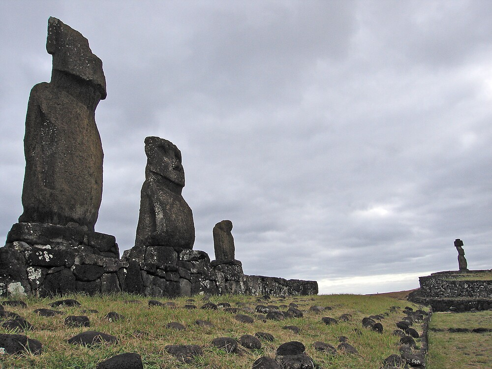Rapa Nui 1 by Richard Morton