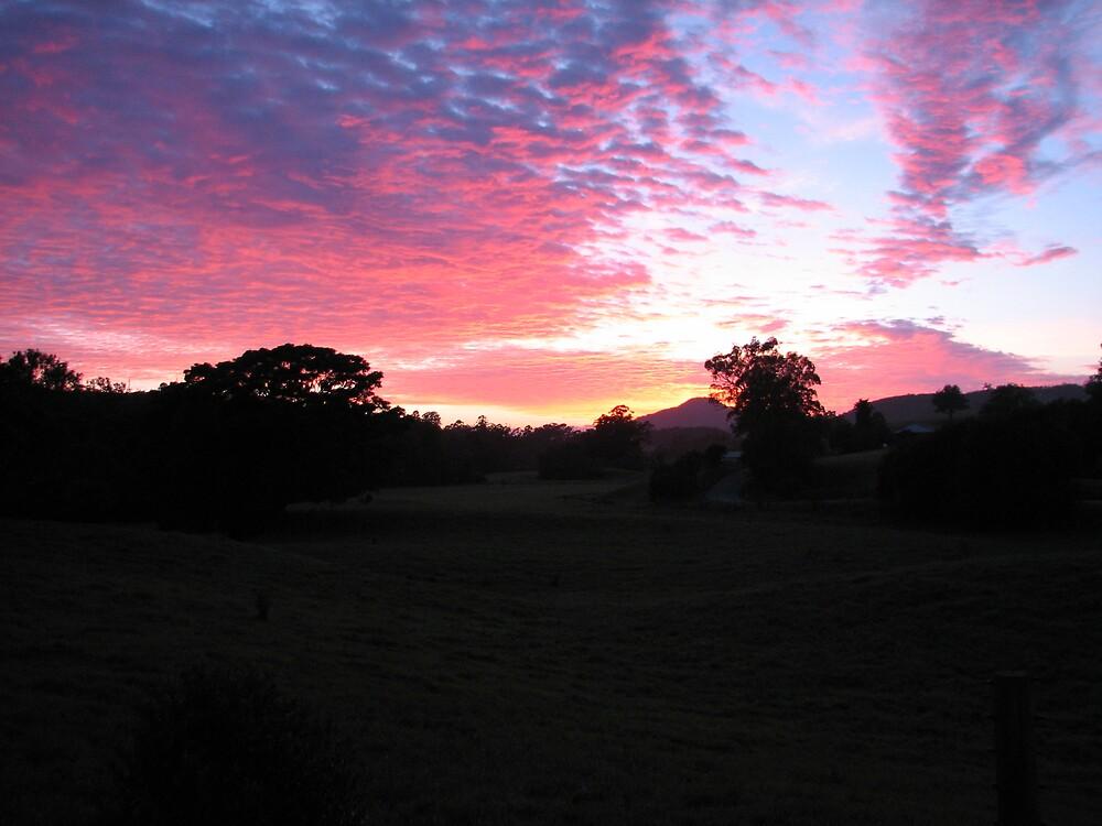 Hannam Vale Sunrise by melissa sipek