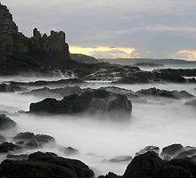 Cathedral Rocks by Noel Elliot