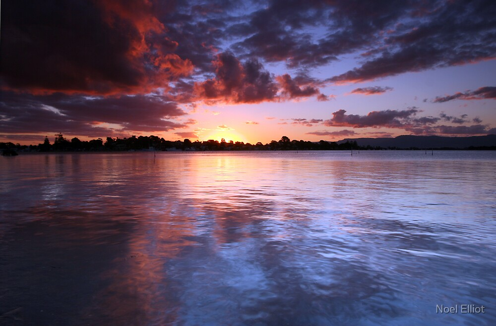 Greenwell Point Sunset by Noel Elliot