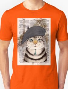 Charming French Cat in Paris. Perfect for cat lovers. Unisex T-Shirt