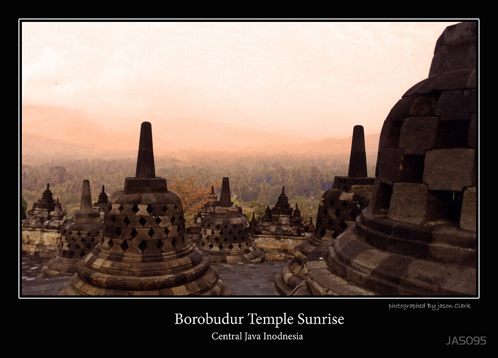 Borobudur Temple Sunrise by JAS095