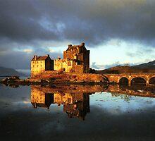 Eilean Donan Castle by numnuts