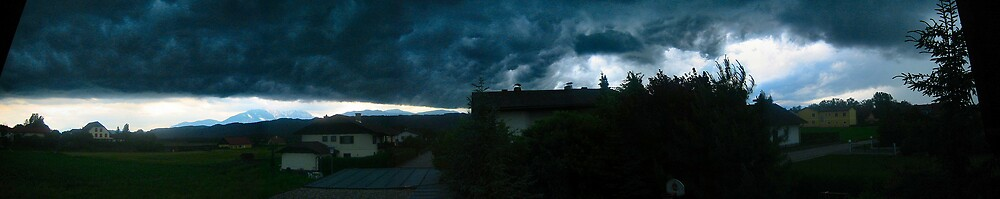 heavy clouds over my place by venkman