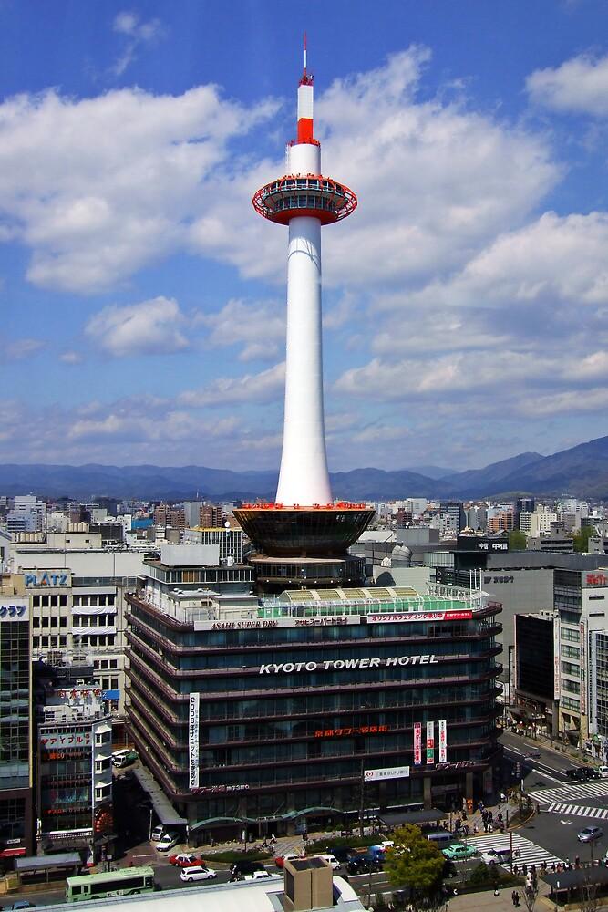 Kyoto Tower by Vittorio Zumpano