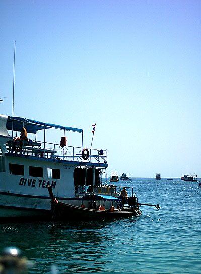 Boat 01 by zoule