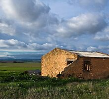 Morn Hill Homestead by Paul Thompson