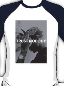 """Tupac """"Trust Nobody"""" Tumblr  T-Shirt"""