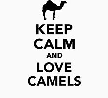 Keep calm and love camels Unisex T-Shirt