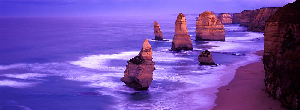 12 Apostles - Great Ocean Road - Victoria by James Pierce