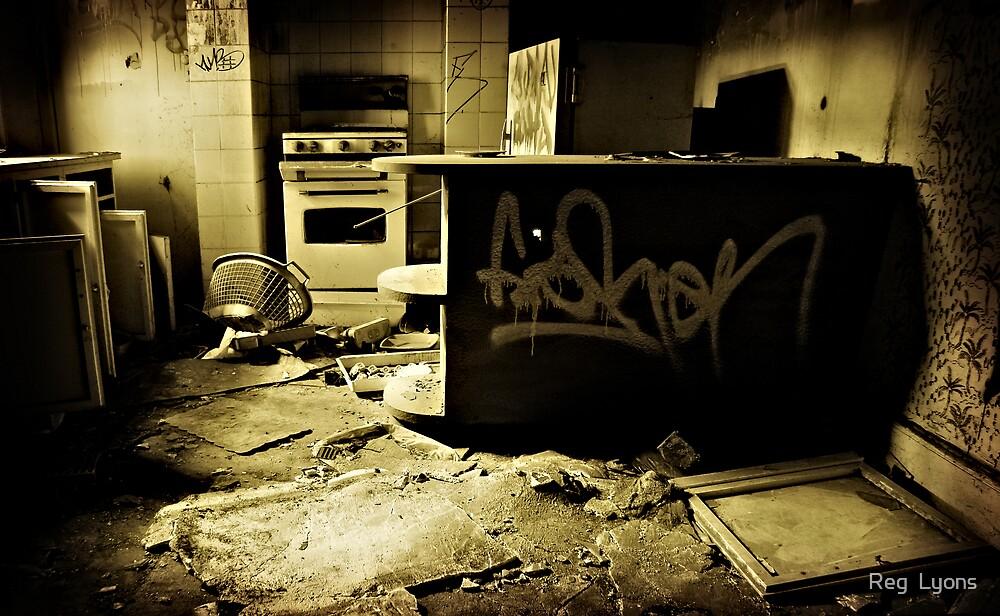 The Ritz Flats - Breakfast in the Kitchen - 8am by Reg  Lyons