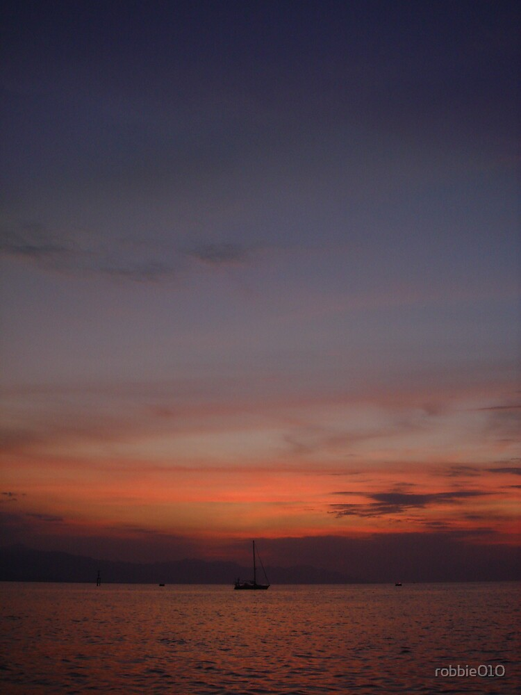 Bali Sunset IV by robbie010