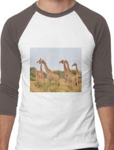 Giraffe Humor - African Wildlife - Amazing Stare Men's Baseball ¾ T-Shirt