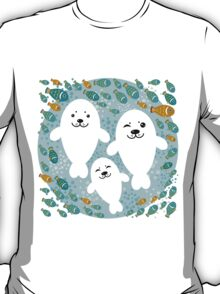White cute fur seal and fish in water T-Shirt