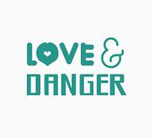 "Larry Stylinson ""Love & Danger"" design. Unisex T-Shirt"