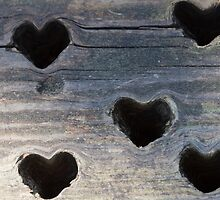 wooden background whit heart by spetenfia