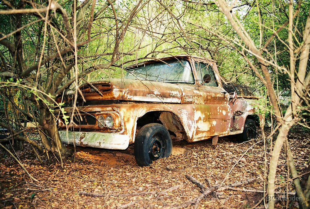 Rusty truck by BCrittenden
