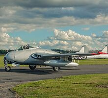 De Havilland Vampire FB.6 LN-DHY by Colin Smedley