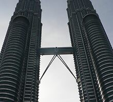 Petronas Towers by siegephotos
