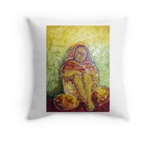 Vendedora Throw Pillow