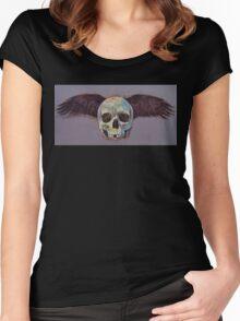 Raven Skull Women's Fitted Scoop T-Shirt