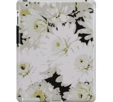 chrysanthemum in the garden iPad Case/Skin