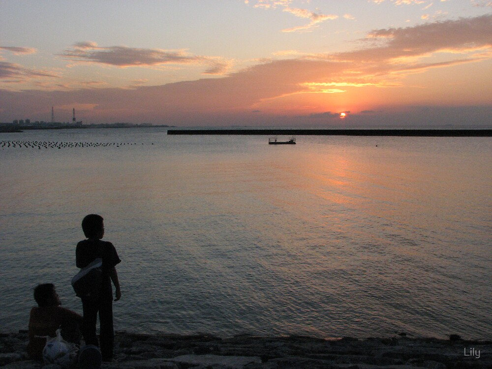 sunset in okinawa by Lily