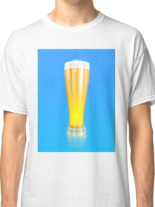 Glass of beer 2 Classic T-Shirt