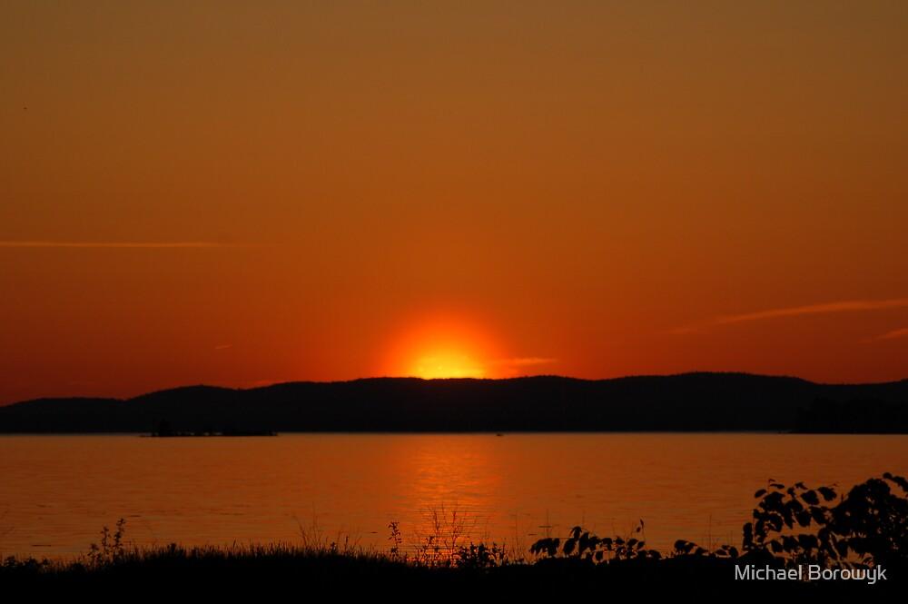 sun setting by Michael Borowyk