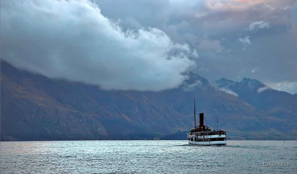 TSS Earnslaw on Lake Wakatipu by tonilouise