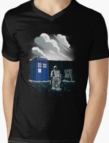 Dr. Interstellar Mens V-Neck T-Shirt