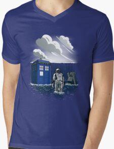 Dr. Interstellar Mens V-Neck T-Shirt