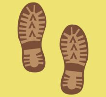 Brown hiking boots print Kids Clothes