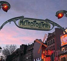 Metroplotian Moulin Rouge by positivenote
