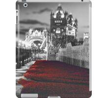 Tower Bridge and the Ceramic Poppies BW iPad Case/Skin