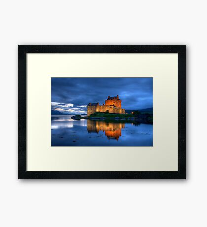 Eilean Donan Castle Framed Print