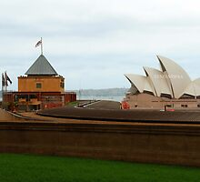 Sydney Oprah House by reneesibraa