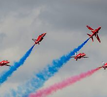 Red Arrows 16 by David Charlton