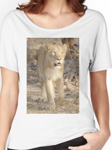 Lioness on the move Women's Relaxed Fit T-Shirt