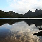 Cradle Mountain Reflections by MagnusAgren