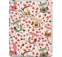 Cute Owls Floral Seamless Pattern. iPad Case/Skin