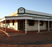 Birdsville Pub by Bronwyn  Murphy