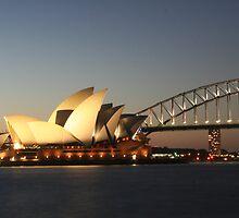 Opera House, Sydney by Bronwyn  Murphy