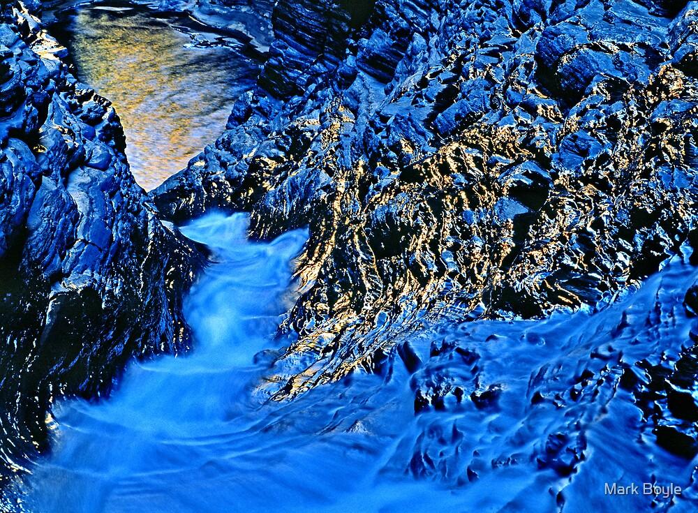 Descent #2, Hancock Gorge, Karijini NP by Mark Boyle