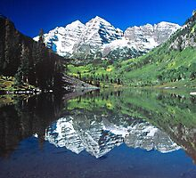 Maroon Bells, Colorado by Elizabeth Heath