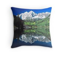 Maroon Bells, Colorado Throw Pillow