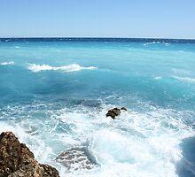 Crashing Waves by Howardzin