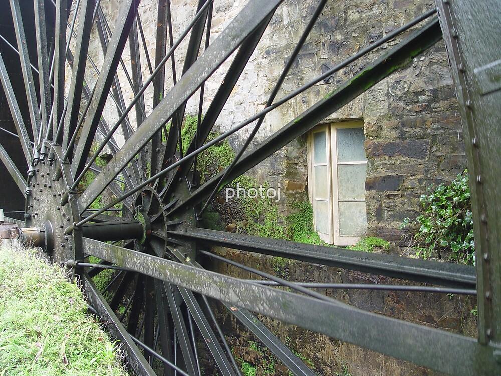photoj Wheel by photoj