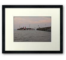 PS Waverley leaving Yarmouth Pier Framed Print