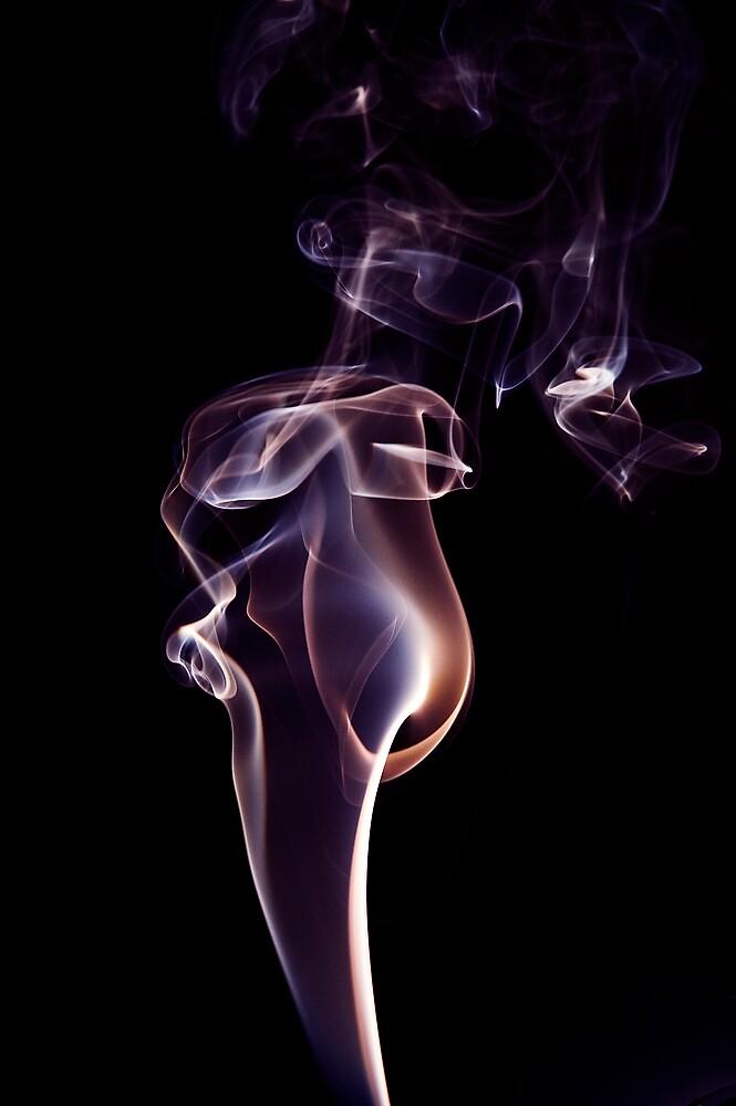 Smoke #4 by wyllys
